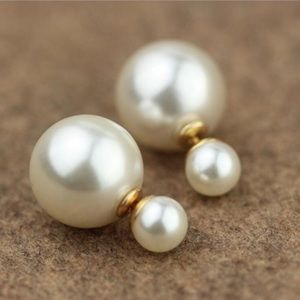 Jewelry - Faux Pearl Earrings 2 sided